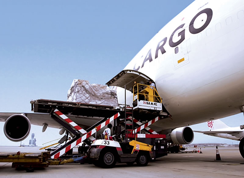 Sending Small Parcels and Cargo from Dubai to Pakistan is Easy
