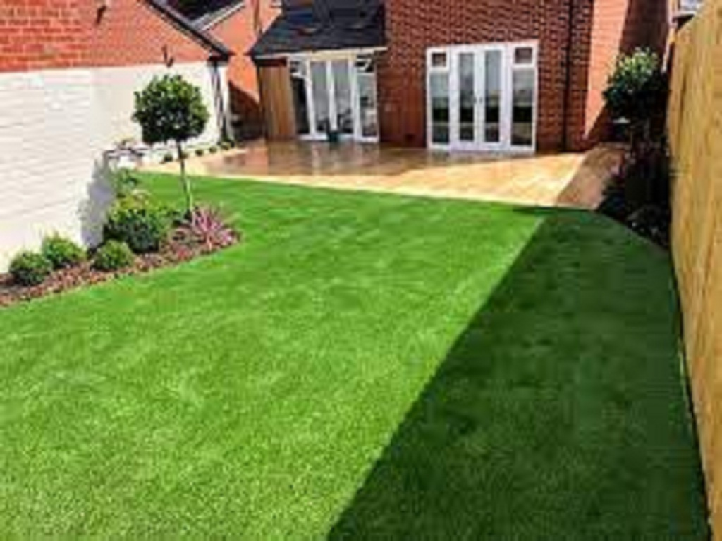 You Can Try This Guide To Install Artificial Grass Yourself